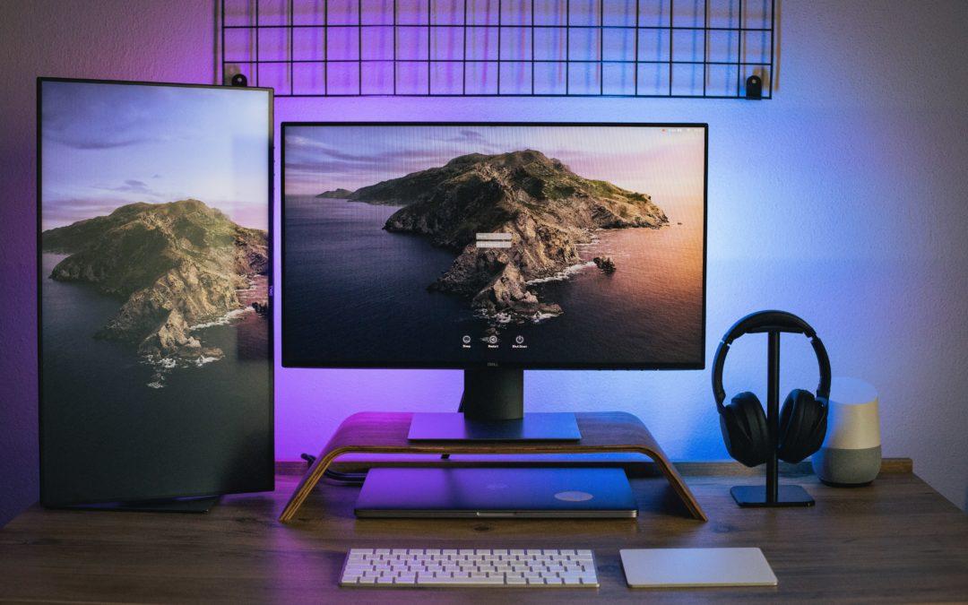 Équiper son bureau avec un rehausseur d'écran